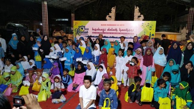 Kasih Ramadan 8.0 bersama 300 Anak Yatim, Piatu dan Dhuafa