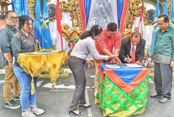 MoU SMK TI Bali Global Denpasar